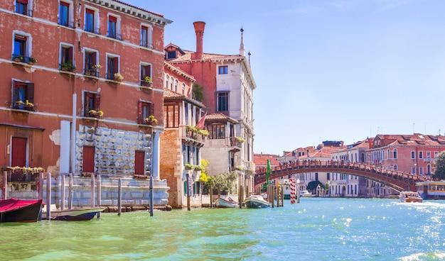 Case sul canal grande a venezia