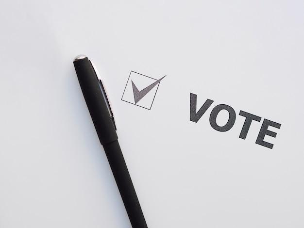 Casella selezionata per il voto vista dall'alto