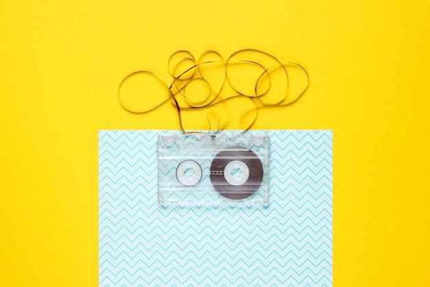 Cassetta audio retrò con film