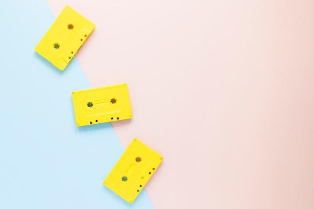 Cassette audio piatte con spazio di copia