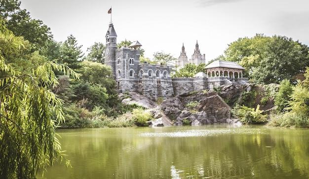Castello del belvedere, new york