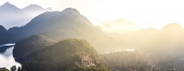 Castello di hohenschwangau a fussen baviera, germania