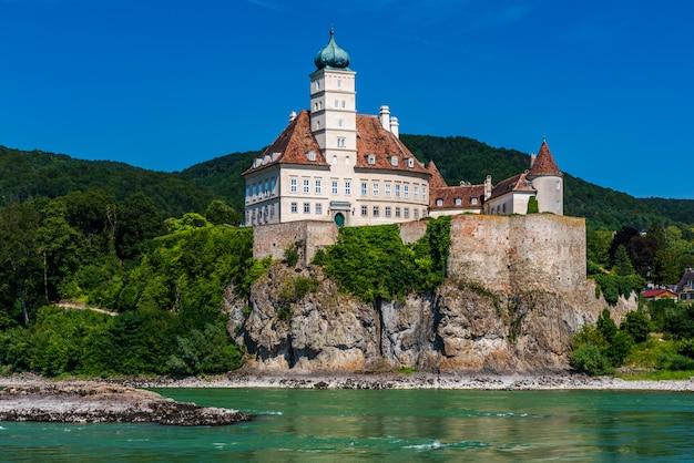 Castello di schonbuhel