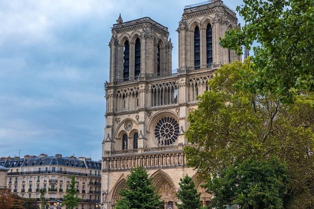 Cattedrale di notre dame de paris, parigi, francia