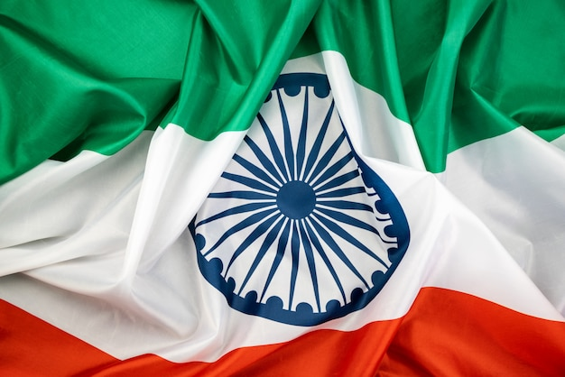 Celebrando la festa dell'indipendenza dell'india bandiera dell'india.