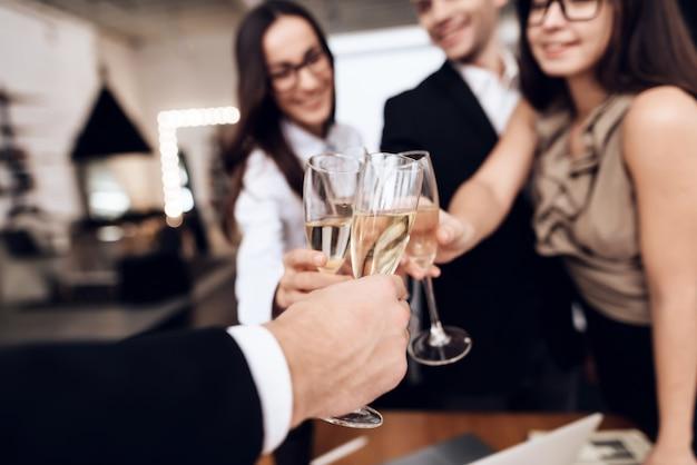Celebrano un progetto di successo