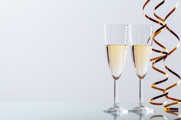 Celebrazione di capodanno con champagne
