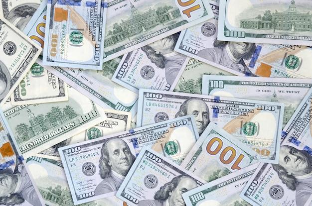 Cento banconote da un dollaro