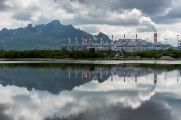 Centrale elettrica a carbone