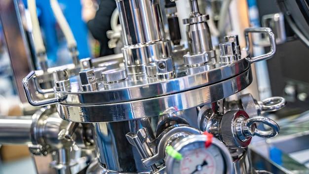 Centrifuga macchina in laboratorio