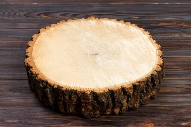 Ceppo di albero taglio rotondo con anelli annuali