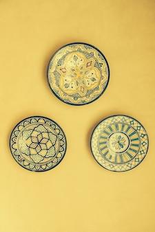 Ceramiche medina tradizionale vecchio piatto