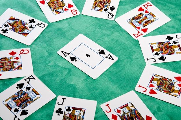 Cerchio di carte