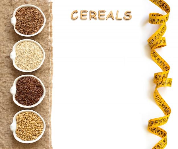 Cereali in ciotole confine con la parola cereali