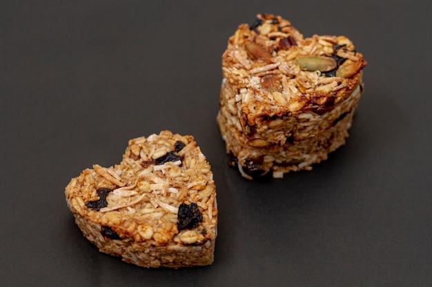 Cereali piatti a forma di cuore