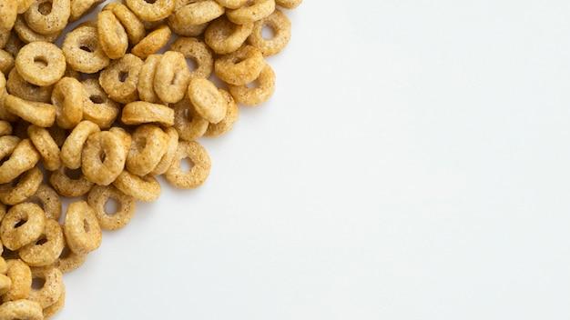 Cereali piatti classici a frutto piatto
