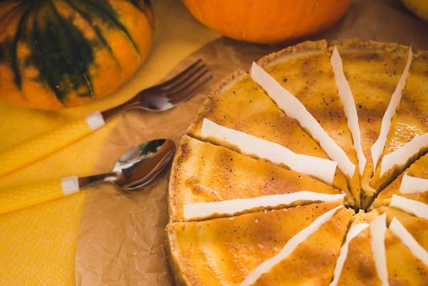 Cheesecake alla zucca. dolcezza autunnale