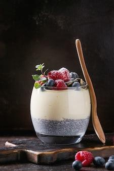 Chia pudding con porridge di riso
