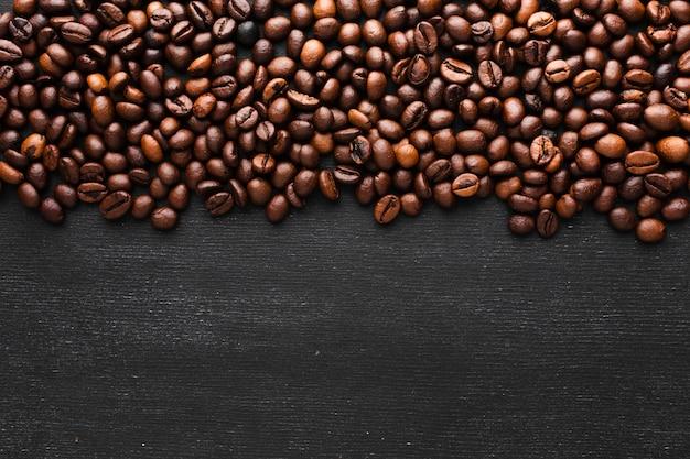 Chicchi di caffè arrostiti primo piano
