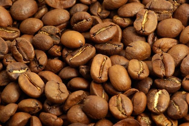 Chicchi di caffè impilati