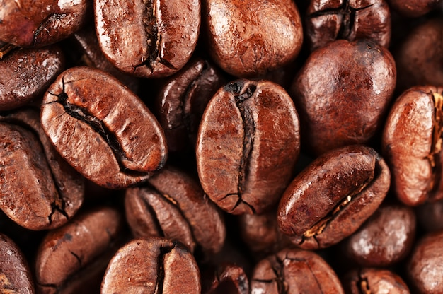 Chicchi di caffè marrone