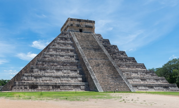 Chichen-itza. rovine maya, yucatan, messico