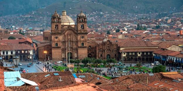 Chiesa de la compania de jesus, plaza de armas, cuzco, perù