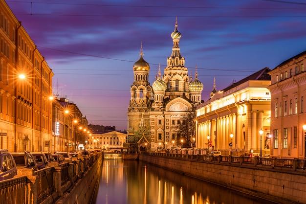 Chiesa della resurrezione di cristo (salvatore sul sangue versato), san pietroburgo, russia