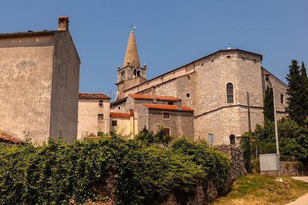 Chiesa della visitazione della beata vergine maria a santa elisabetta, balla, villa