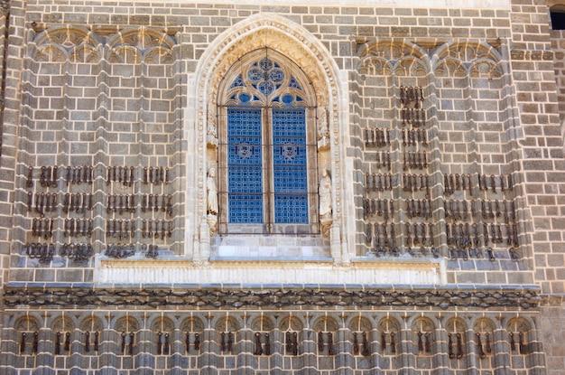 Chiesa di san juan de reyes a toledo
