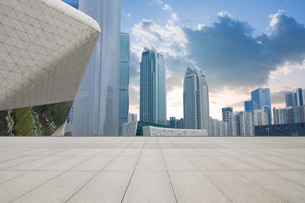 China guangzhou city plaza, centro città costruito.