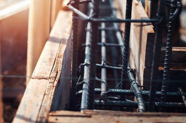 Chiuda in su acciaio da costruzione