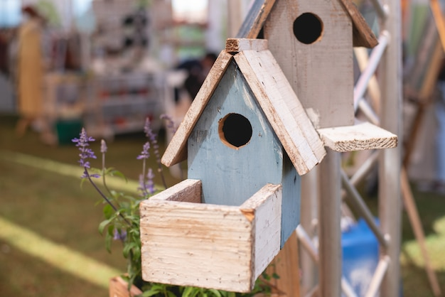 Chiuda in su del legno del birdhouse