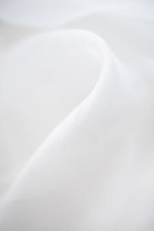 Chiuda in su del panno di tela bianco