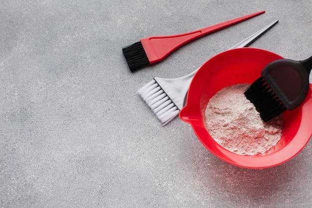 Chiuda in su della spazzola in polvere