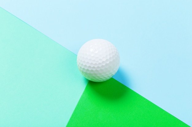 Chiuda in su di una sfera di golf