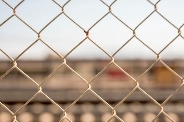 Chiuda sul recinto del collegamento a catena