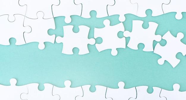 Chiuda sulla vista del puzzle del modello