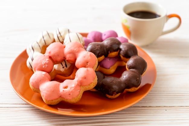 Ciambella con caffè nero