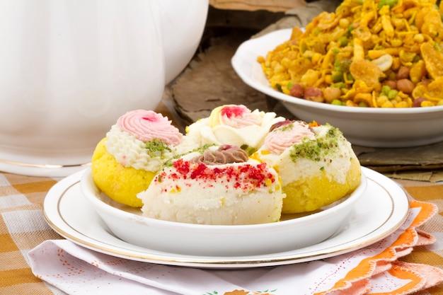 Cibo dolce bengalese tradizionale indiano