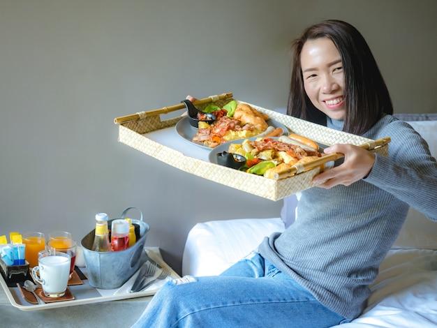 Cibo e concetto di stile di vita sano mangiare