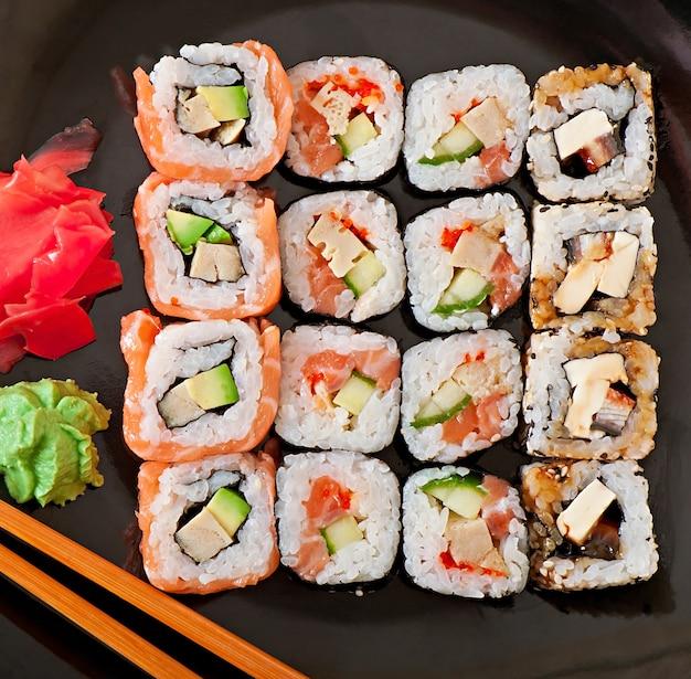 Cibo giapponese - sushi e sashimi