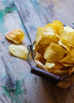 Cibo malsano - patatine fritte