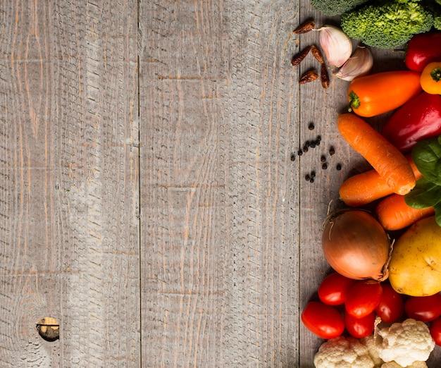 Cibo sano e copia spazio, verdure fresche