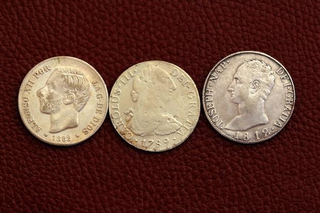 Cinque pesetas spagna vecchie monete alfonso xii carlos iii
