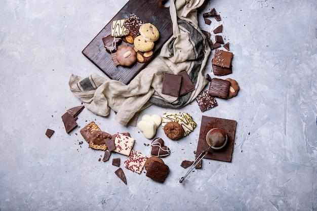 Cioccolato fondente e caramelle