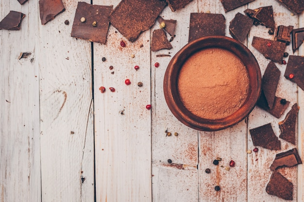 Cioccolato fondente senza zucchero e senza glutine per diabetici e allergici