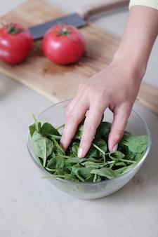 Ciotola di spinaci