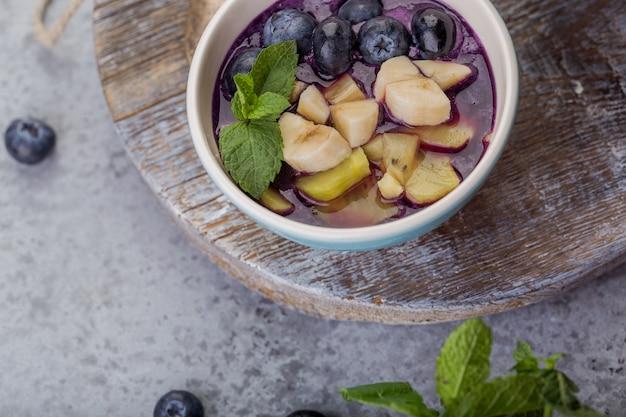 Ciotola per frullato colazione acai per stile di vita sano