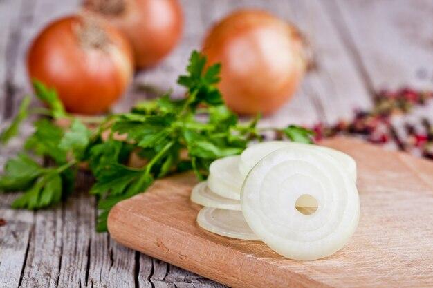 Cipolle fresche e prezzemolo